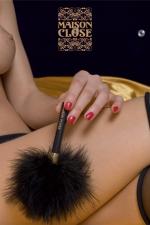 Le plumeau Caresse : Un petit plumeau de marabou, pour prodiguer de légères caresses enivrantes...